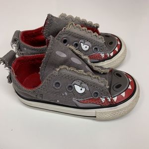 Converse Gray Alligator Velcro Sneakers Kids 5
